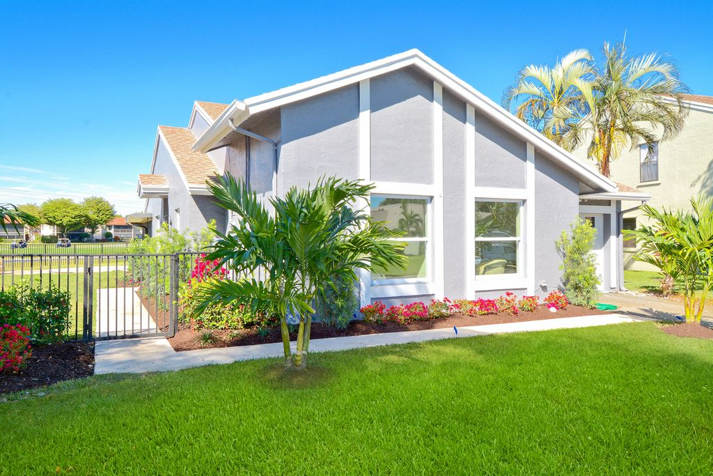 boynton beach, flip house exterior photo